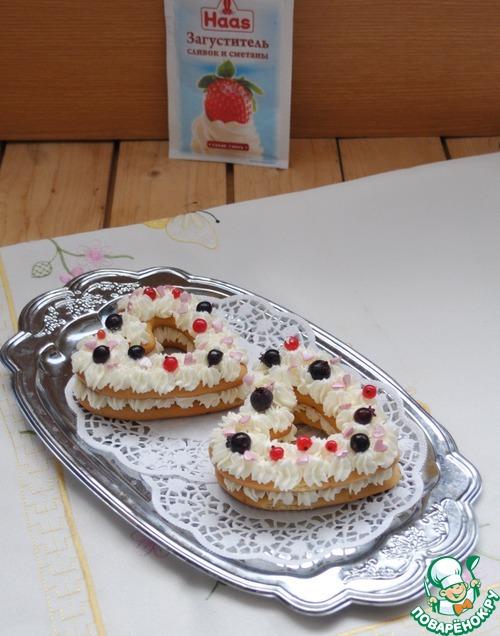 Медовое пирожное со сливочно-творожным кремом