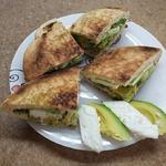 Бутерброд Авокадо и брынза