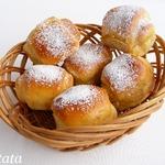 Сдобные булочки на рикотте