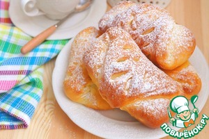 Рецепт: Пряные булочки с абрикосовым джемом