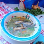Рисовый суп со шпротами