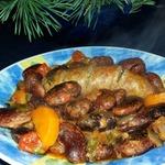 Гигантская черная фасоль со свиными колбасками