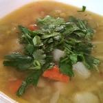Бобовый суп на курином бульоне