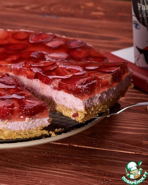 Творожно-клубничный пирог а-ля чизкейк