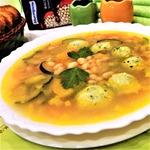 Рыбный суп с фрикадельками и фасолью