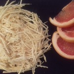 Салат из корня сельдерея с кунжутом