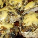 Отбивная телятина, запеченная с грибами