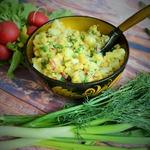 Салат картофельный с горохом