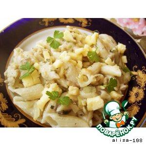 Рецепт Феттучини под сливочным соусом с грибами и кабачками