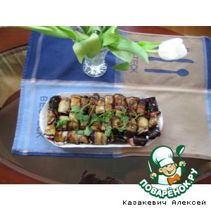 Рецепт Рулетики из баклажан с кинзой и томатом