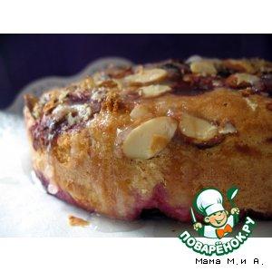 Рецепт Пирог с вишней и миндалем