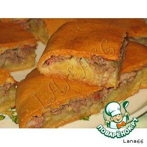 Рецепт Пирог с мясом,  картошкой и беконом