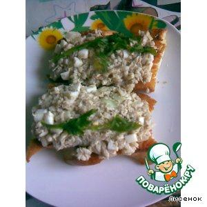 Рецепт Гренки с рыбным салатом