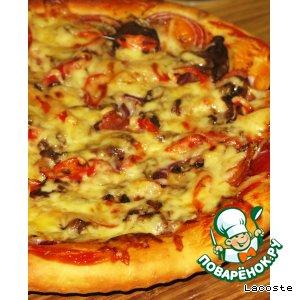 Рецепт Острая пицца с грудинкой, грибами и перчиком