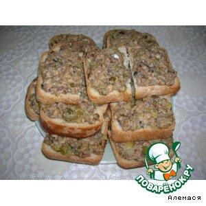 Рецепт Горячие бутерброды с консервированной рыбой