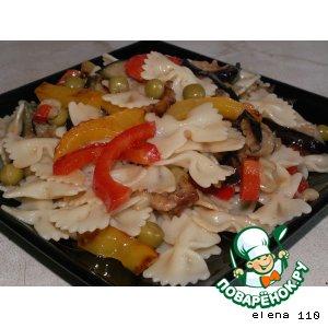 """Рецепт Горячий салат из овощей с макаронами """"Белые ночи"""""""