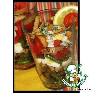 Рецепт Салат из жареного кальмара с помидорами черри и стручковой фасолью