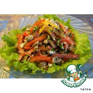 Рецепт Салат с шампиньонами, сыром, помидорами