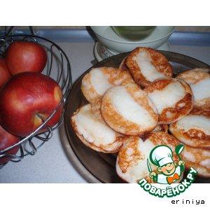 Рецепт Сырнички с яблоками