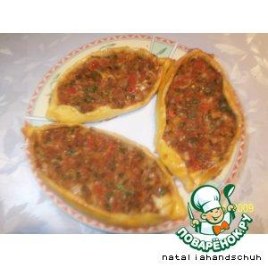 Рецепт: Турецкая лепeшка-пиде с фаршем