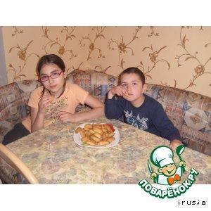 Рецепт Печенье песочное с орехово-изюмной начинкой
