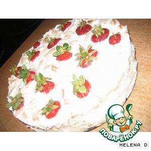 Торт сметанный с клубничкой без