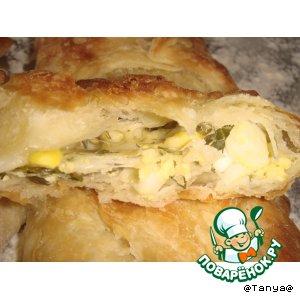 Рецепт Слойки с  яйцом, сыром и зеленью