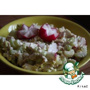 Рецепт Легкий салат из курицы и сельдерея!