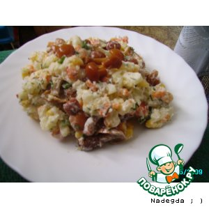 Рецепт Овощной салат с маринованными опятами
