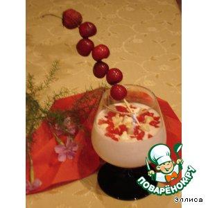 Рецепт Сливочный крем с ягодами и меренгами
