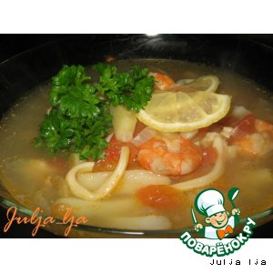 Рецепт Суп с томатами, форелью и морепродуктами