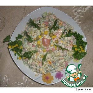 Рецепт Салат пикантный с копченой рыбой