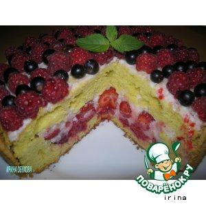 Рецепт Шарлотка с ягодами и сливками