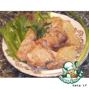 Рецепт Свинина, запеченная с луком и картофелем