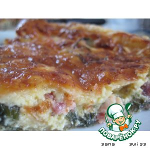 Рецепт Киш   с   беконом,   луком-пореем  и   салатным   перцем