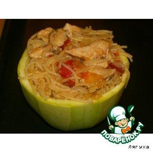 Рецепт Кабачки фаршированные вермишелью с курицей и помидорами