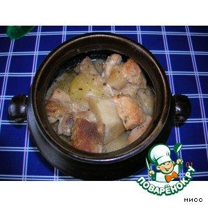 Рецепт Жаркое под сливками в горшочке