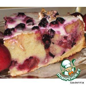 Рецепт Вишневый пирог с «Мартини» и черникой