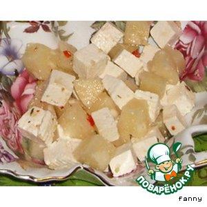 Рецепт Салат с фетой и ананасами