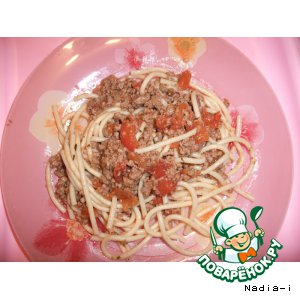 Рецепт Спагетти под томатно-мясным соусом
