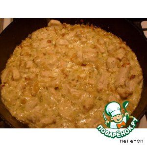 Рецепт Филе куриной грудки в луково-сливочном соусе