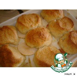 Рецепт Булочки, испеченные на яблоках