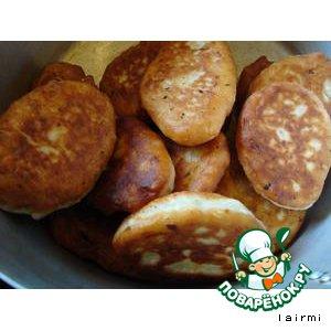 Рецепт Луковые пирожки с картофельной начинкой