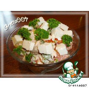 Рецепт Салат с грибами, курицей и брынзой