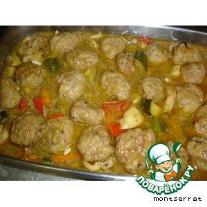 Рецепт Мясные тефтели, тушенные с овощами и сепией