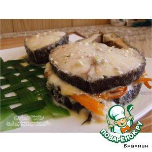 Рецепт Масляная рыба под сырным соусом на луковой циновке