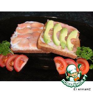 Рецепт Бутербробы для завтрака в копченой форелью