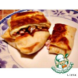 Рецепт Блинчики с сыром, грибами и ветчиной