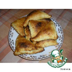 Рецепт Пирожки с луком и яйцом
