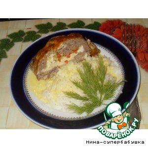 Рецепт Мясной рулет с яйцами под сырной корочкой